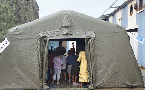 Koumac-lab, tente pédagogique © Carole Bernard / MNHN